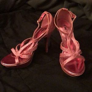 Fioni Night Size 7 Hot Pink Sparkly Heels